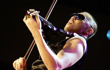 Electric Violinist Dennis